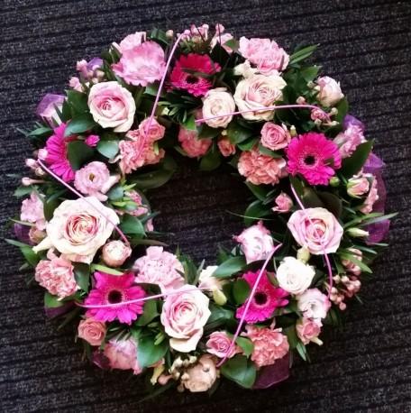 Pretty Tribute Wreath